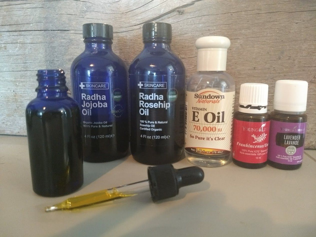 This DIY facial serum is a perfect everyday oil to promote