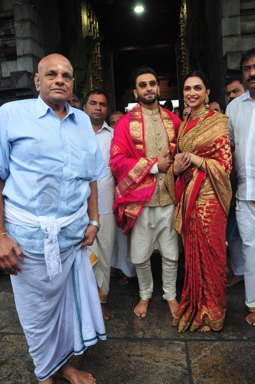 Deepika Padukone And Ranveer Singh Look Smitten In Love As They Seek Blessings At Tirupati With Family On First Anniversary Hungryboo Indian Bride Outfits Indian Bridal Outfits Indian Bridal Fashion