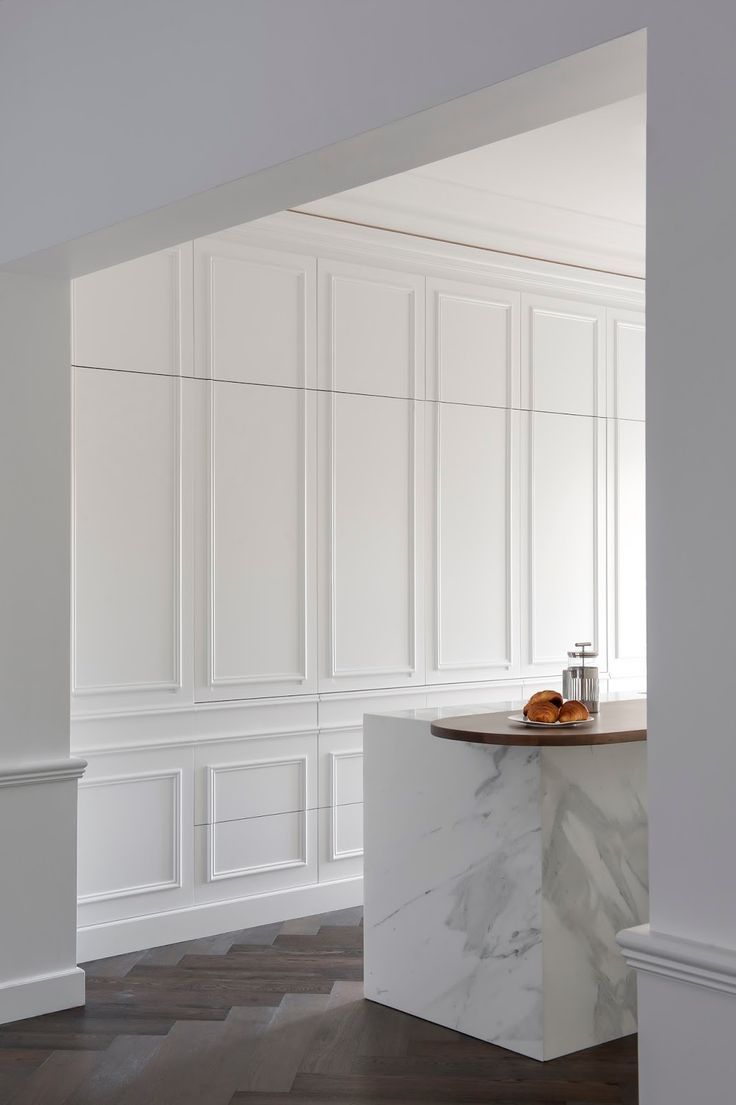 Kitchens With Wood Paneling: Wood Panelling Creates A Repetitive Framing Effect