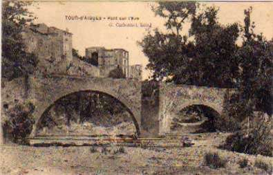carte postale La Tour d'Aigues - Pont sur l'Eze - V1922,  Départements français : 76 à 95 + Dom-Tom 84 VAUCLUSE
