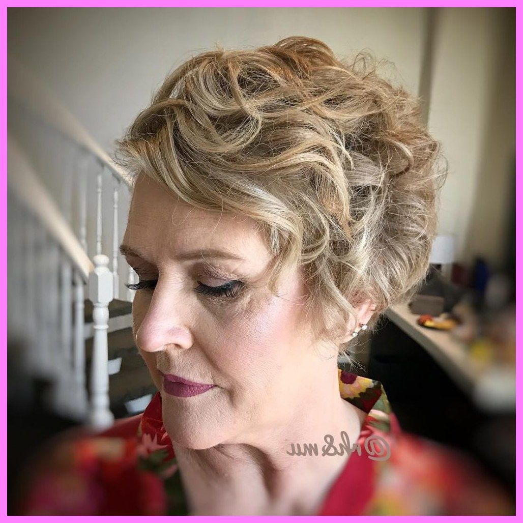 30 Short Hairstyles For Mother Of The Bride Over 50 Mother Of The Bride Hair Mother Of The Groom Hairstyles Mother Of The Bride Hair Short