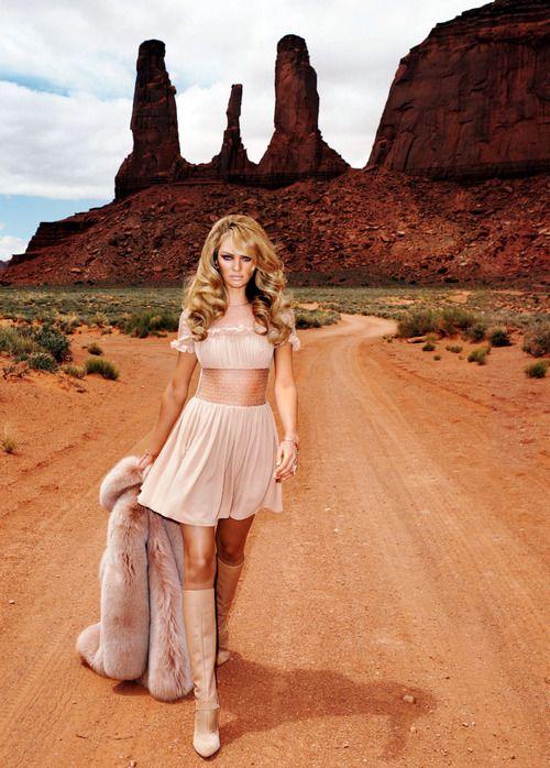 """Candice Swanepoel in """"American Splendor"""" forHarper's Bazaar, August 2013"""