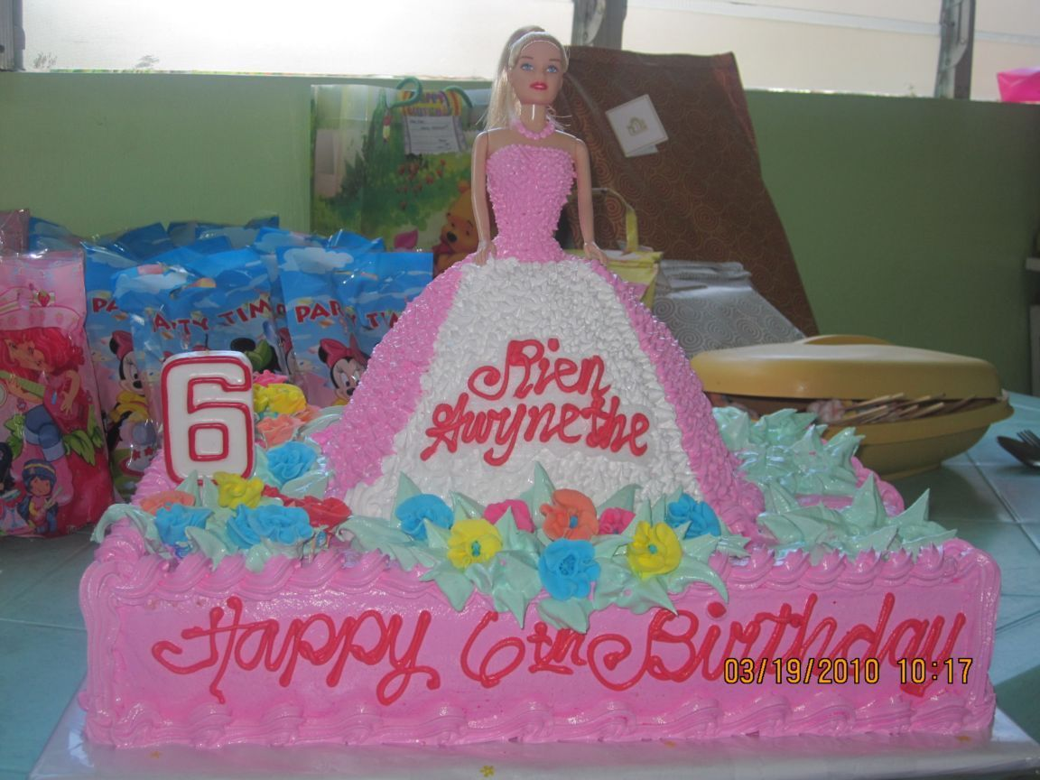 My Barbie s Birthday Cake TripAdvisor? BArbie cakes ...