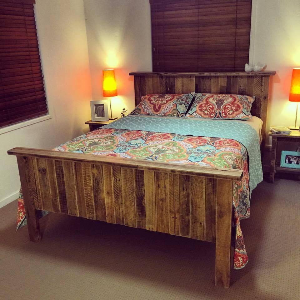 bed made of pallets 125 awesome diy pallet furniture ideas 101 pallet ideas part 8. Black Bedroom Furniture Sets. Home Design Ideas