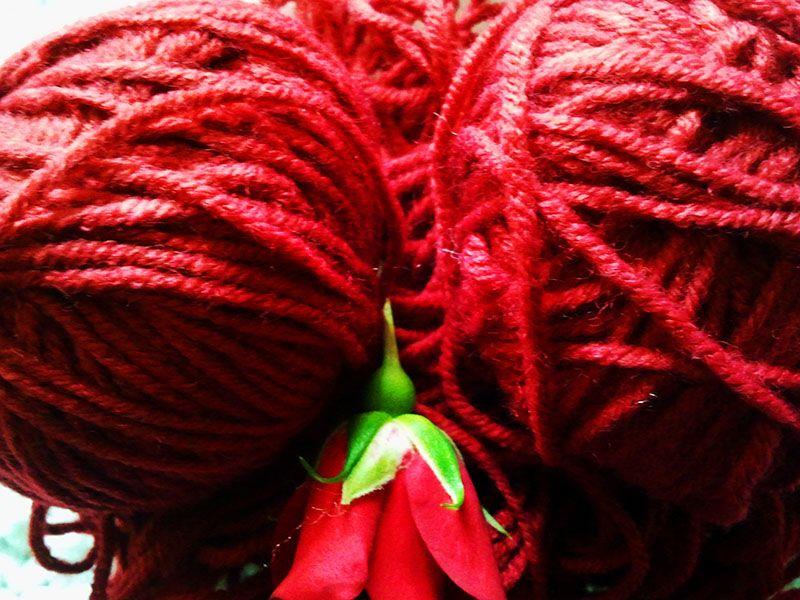 Merino rojo fuego...como para tejer algo para el día de San Valentín!