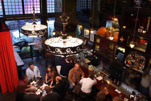 The 6 Best Bars Restaurants Near Penn Station Madison Square Garden