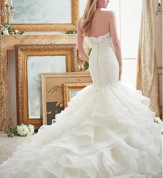 Gorgeous Sweetheart Neckline Mermaid Wedding DressWith Lace Appliques