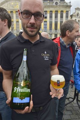 Sharing is caring (when it's a big bottle of St-Feuillien Triple)