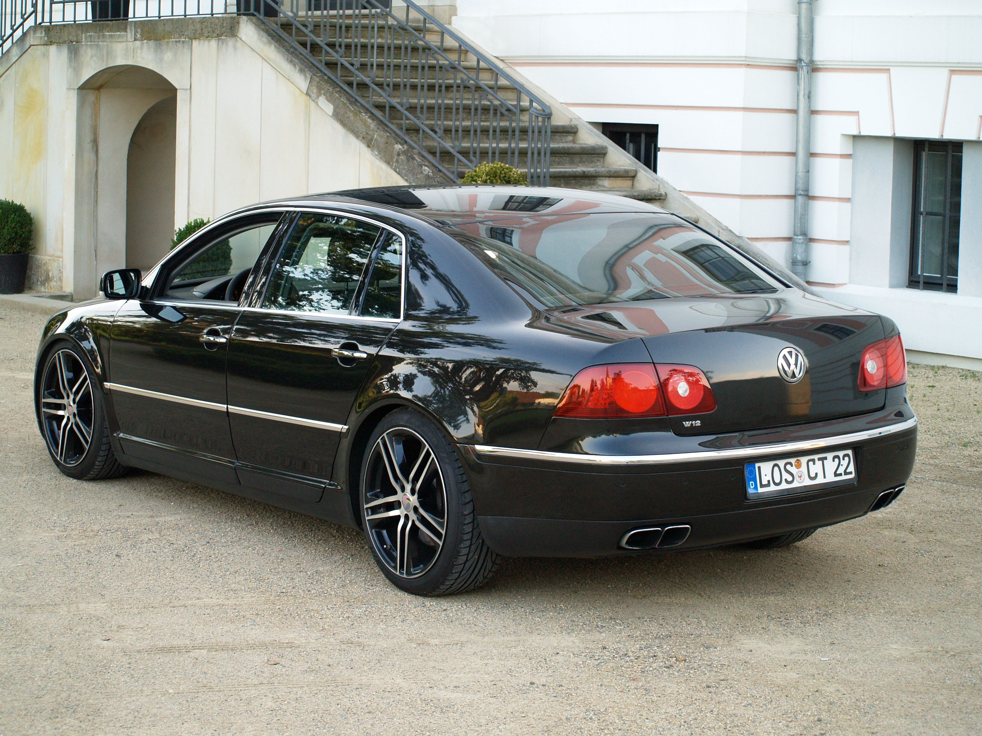 volkswagen phaeton w12 cars volkswagen volkswagen. Black Bedroom Furniture Sets. Home Design Ideas