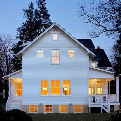 1920s Clapboard Cottage Bungalow House Exterior Farmhouse