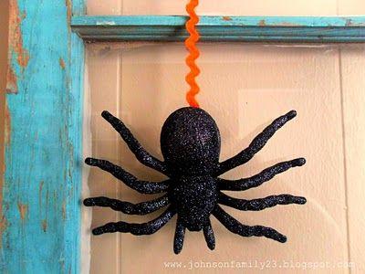 Halloween decoration idea Fall Pinterest Spider, Halloween - spiders for halloween decorations