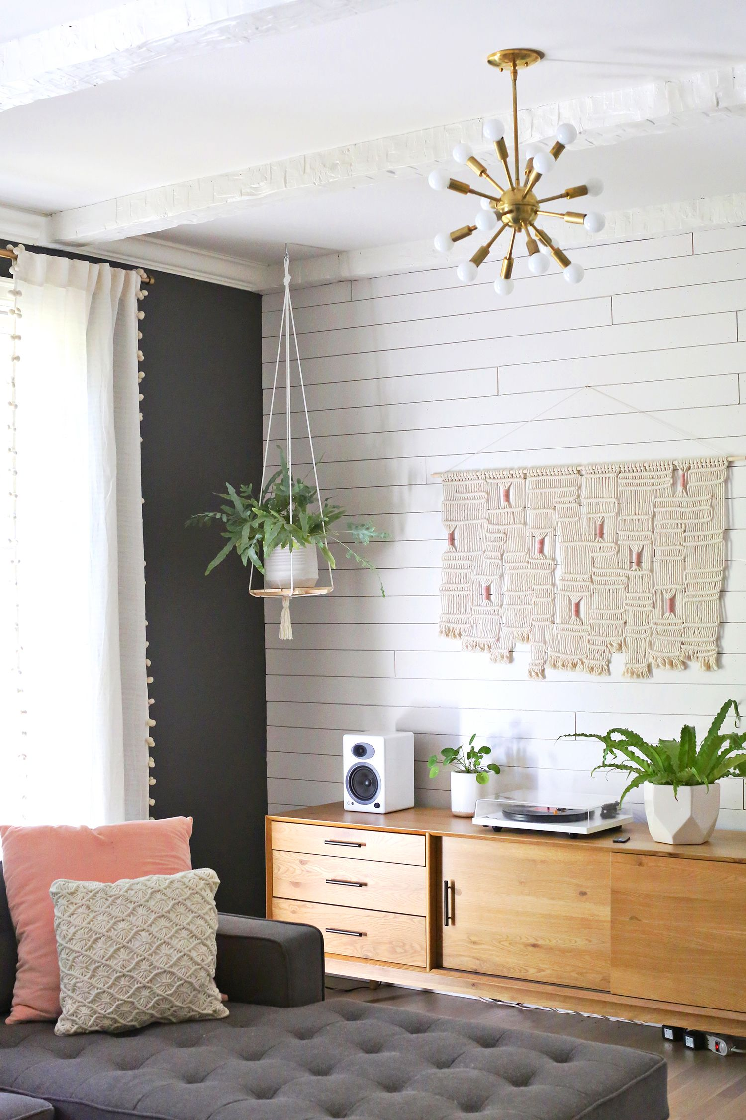 Hanging Plant Shelf DIY (A Beautiful Mess) Diy hanging
