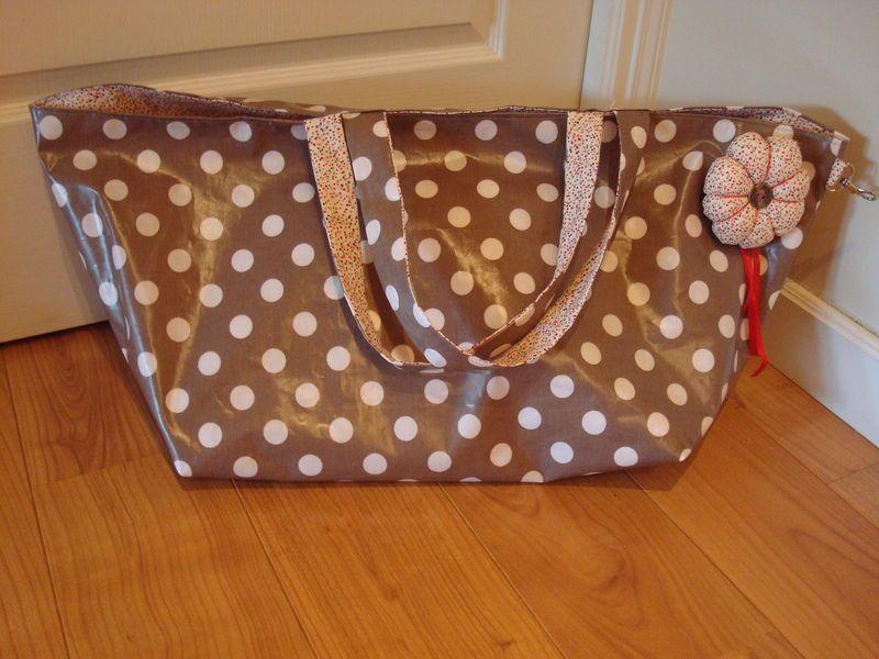 un sac de plage pour belle maman tuto poisson d. Black Bedroom Furniture Sets. Home Design Ideas