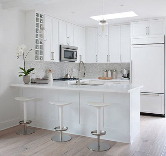 wonderfully white desiretoinspirenet kelly deck - All White Kitchen Designs