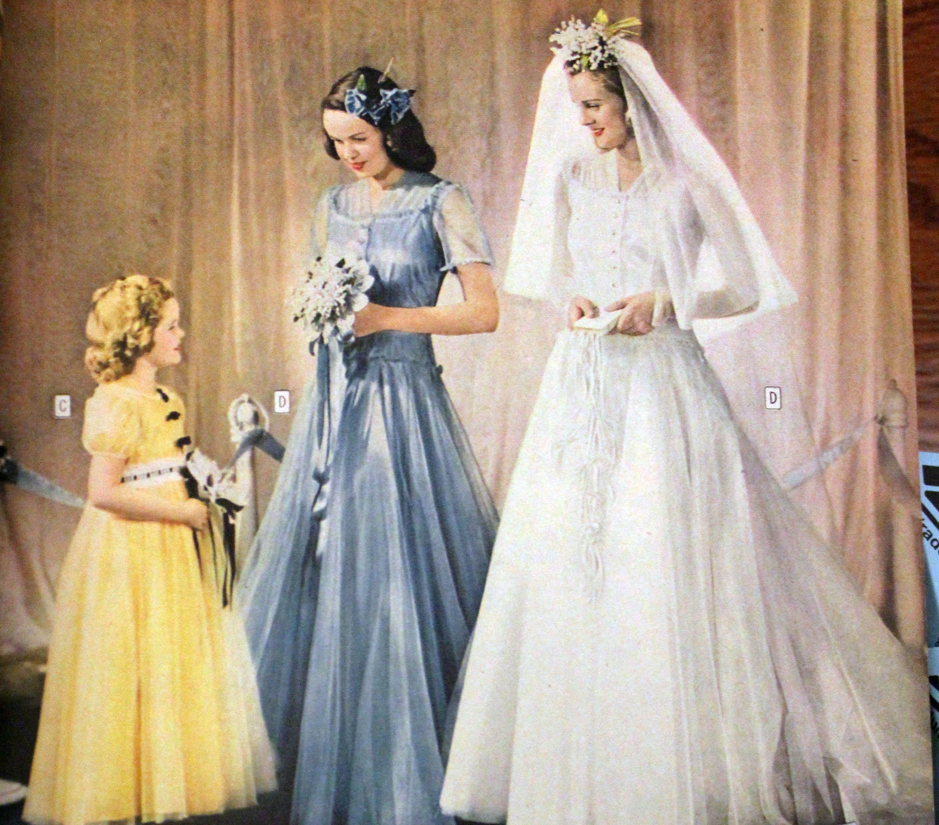 1940 wedding dress  s wedding gowns  History of s Wedding Dresses  s