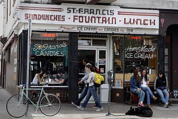 St Francis Fountain S F San Francisco Restaurants San Francisco Diner