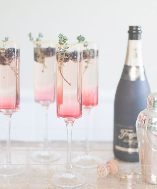 roze cocktail met champagne