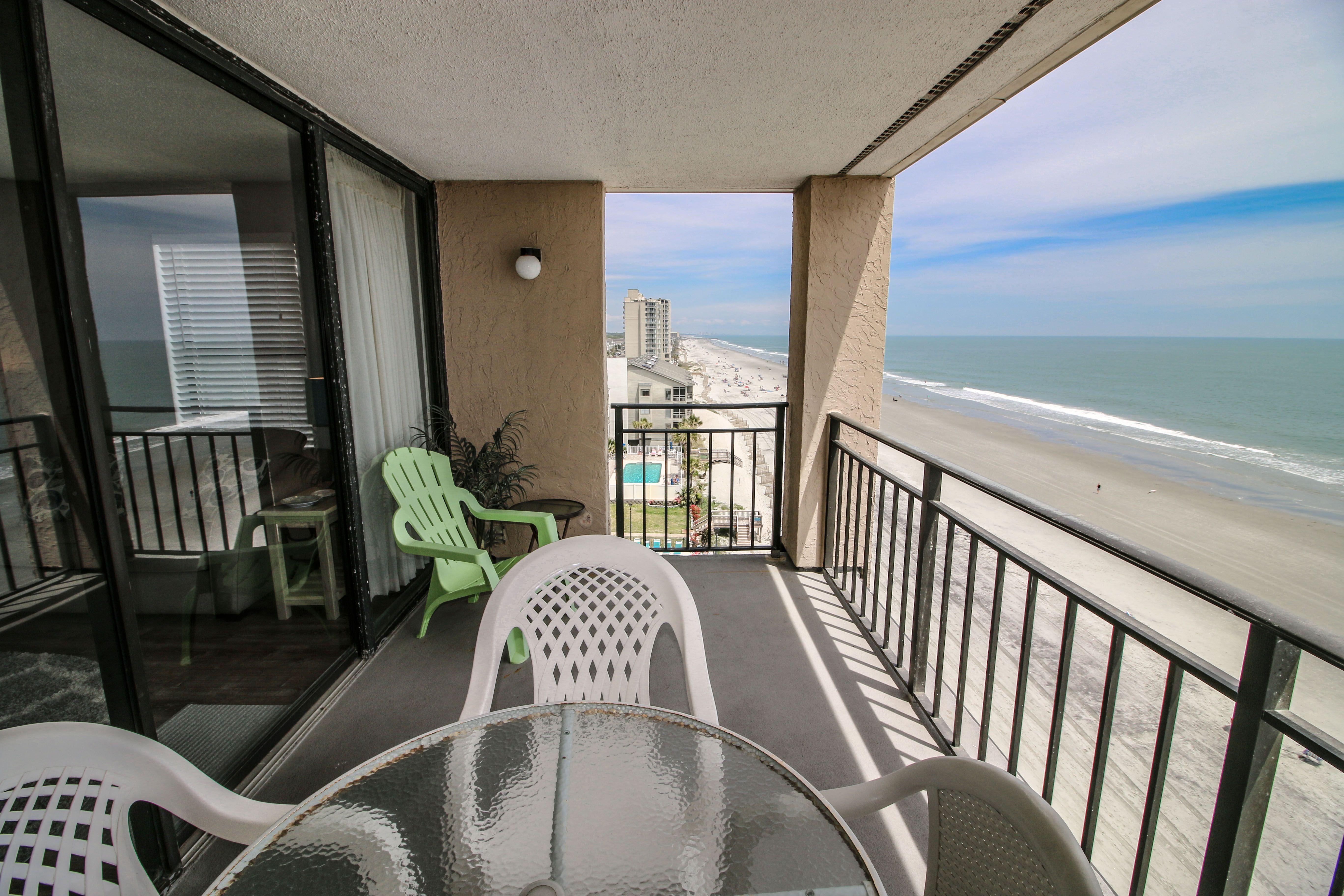 Updated 2 Bedrooms 2 Bathrooms Sleeps 8 Oceanfront Beach Condo 180 Avg Night Myrtle Beach Amenities Inclu In 2020 Beach Condo Myrtle Beach Relaxing Vacations