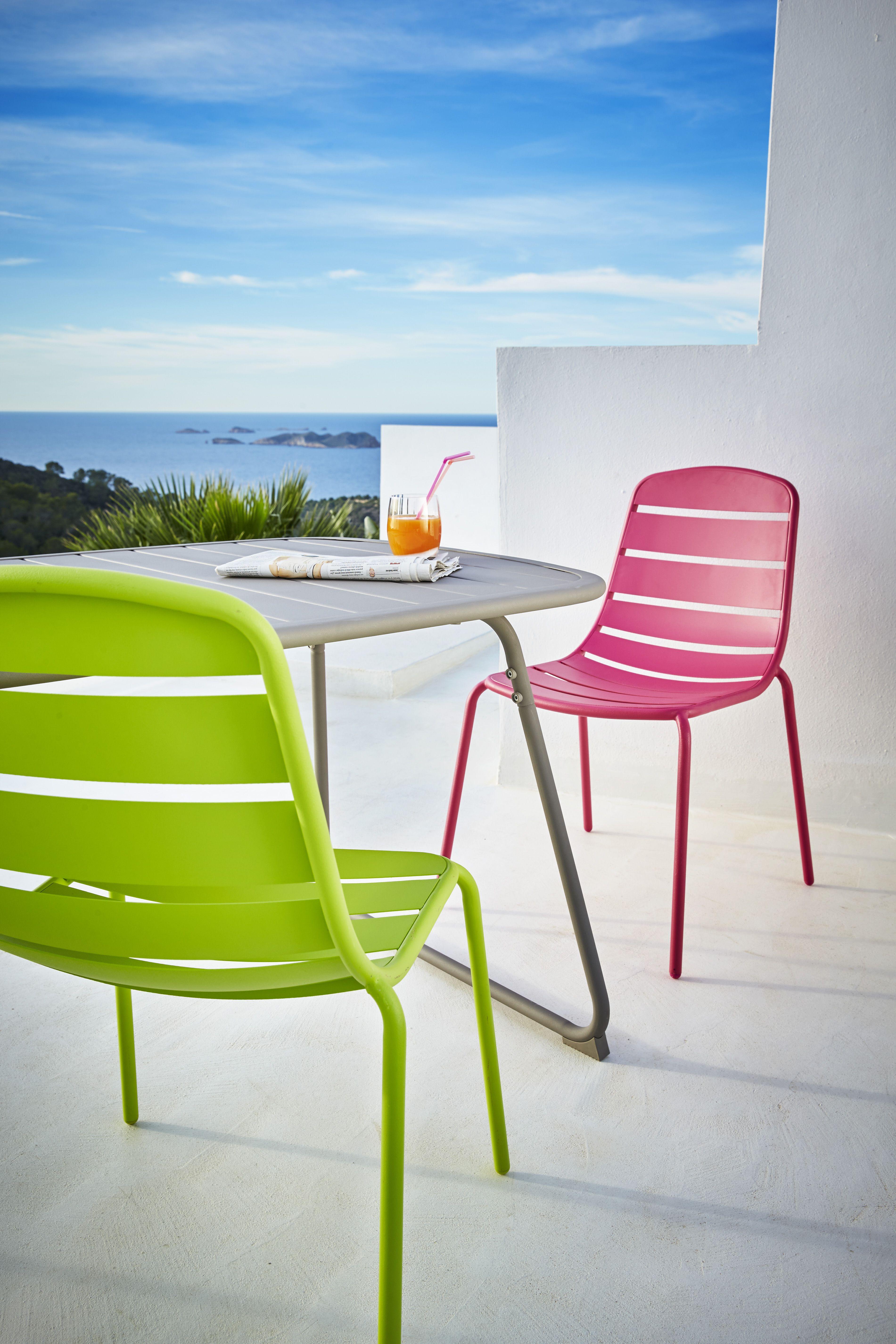 Table d 39 ext rieure grise en plastique et acier chaise - Table terrasse plastique ...