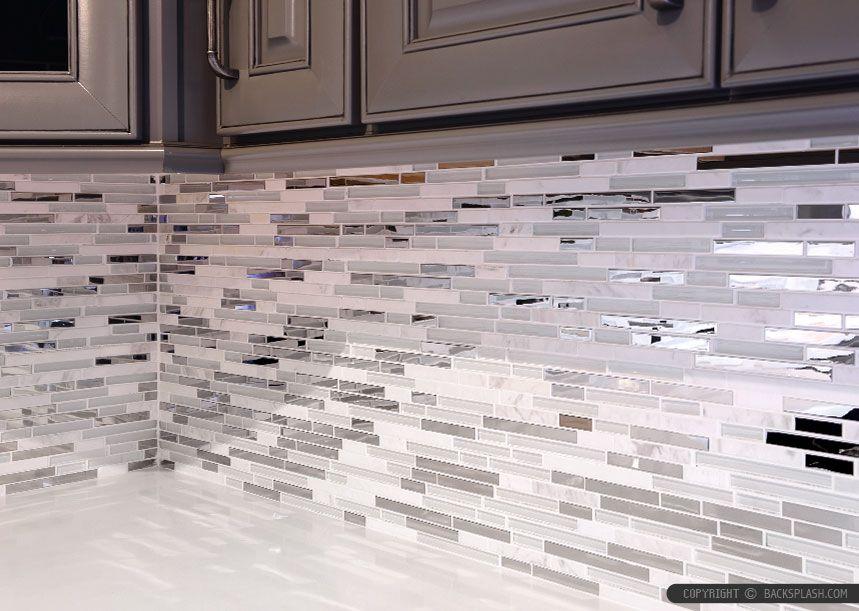 Weiße Fliese Backsplash Küchen White Backsplash Tile Ist Ein Design, Das  Sehr Beliebt Ist Heute. Design Ist Die Suche Zu Machen, Die Machen Das  Haus, ...
