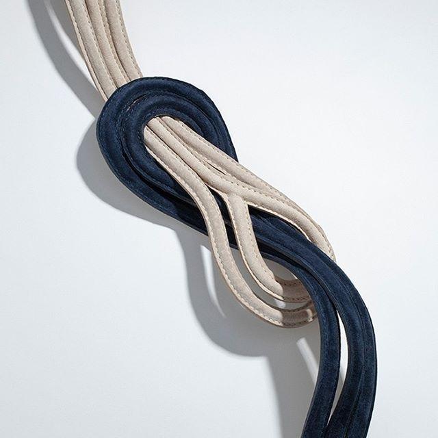 Os cintos são acessórios super versáteis, pois associado às peças ideais pode…