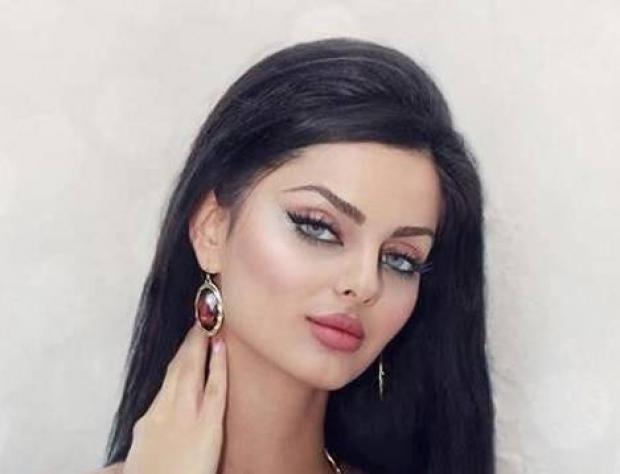 صور ملكة جمال الكون بدون مكياج تصدم جمهورها Glam Makeup Iranian Models Earrings
