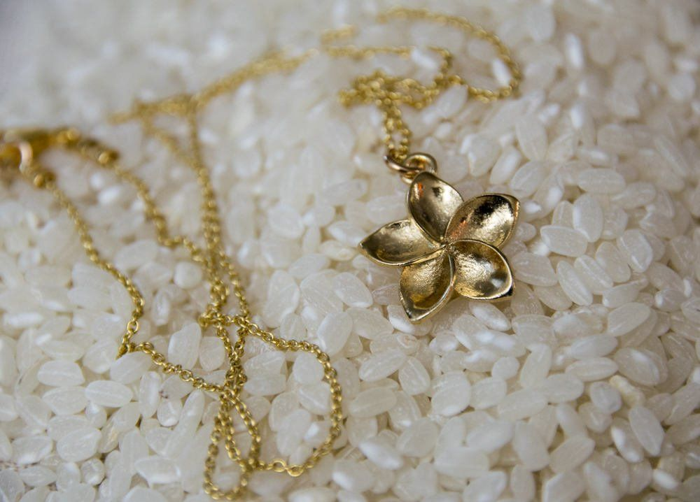 14K Rose Gold-plated 925 Silver Hawaii Pendant with 18 Necklace Jewels Obsession Hawaii Necklace