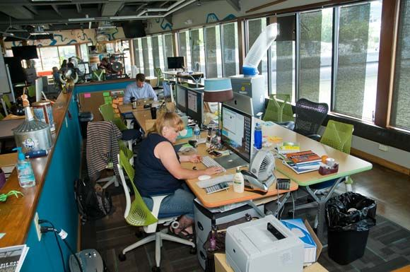Ohio S Alternative Office Spaces High Tech Cool Digs Alternative Office Space Office Space Cool Office Space