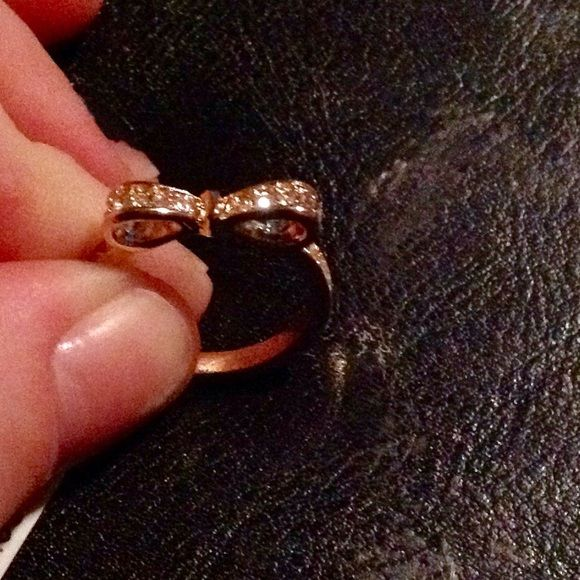 NWT 62 Mia Fiore Italy Rose Gold Pave Bow Ring Rose Crystals