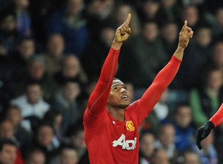 Antonio Valencia marcó un gol en su partido 100    Antonio Valencia hizo uno de los goles en el 2-0 del Manchester sobre el Blackburn Rovers.