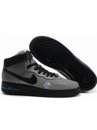 1400cd1d4 Tênis Nike Air Force 1 MID 07 Cinza Preto