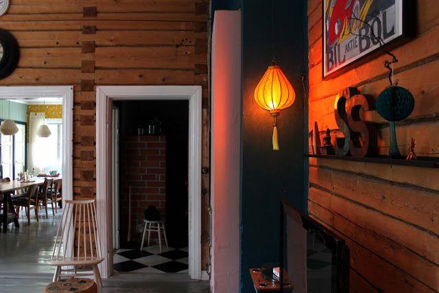 vedenvihreänturkoosi ja keltainen ruokasalissa  http://riuttalaoldschool.blogspot.fi/