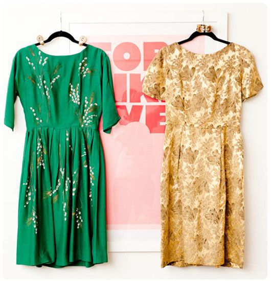 Green dress with lily of the valley?  WHAT THE WHAT?  Whyyyyy is it vintage?  I want it soooooo bad.
