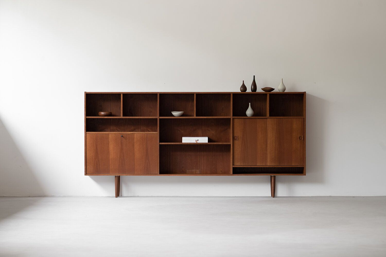 Vintage Danish Display Cabinet Noden Original Vintage Scandinavian Furniture Singapore In 2020 Vintage Scandinavian Furniture Scandinavian Furniture Cabinet