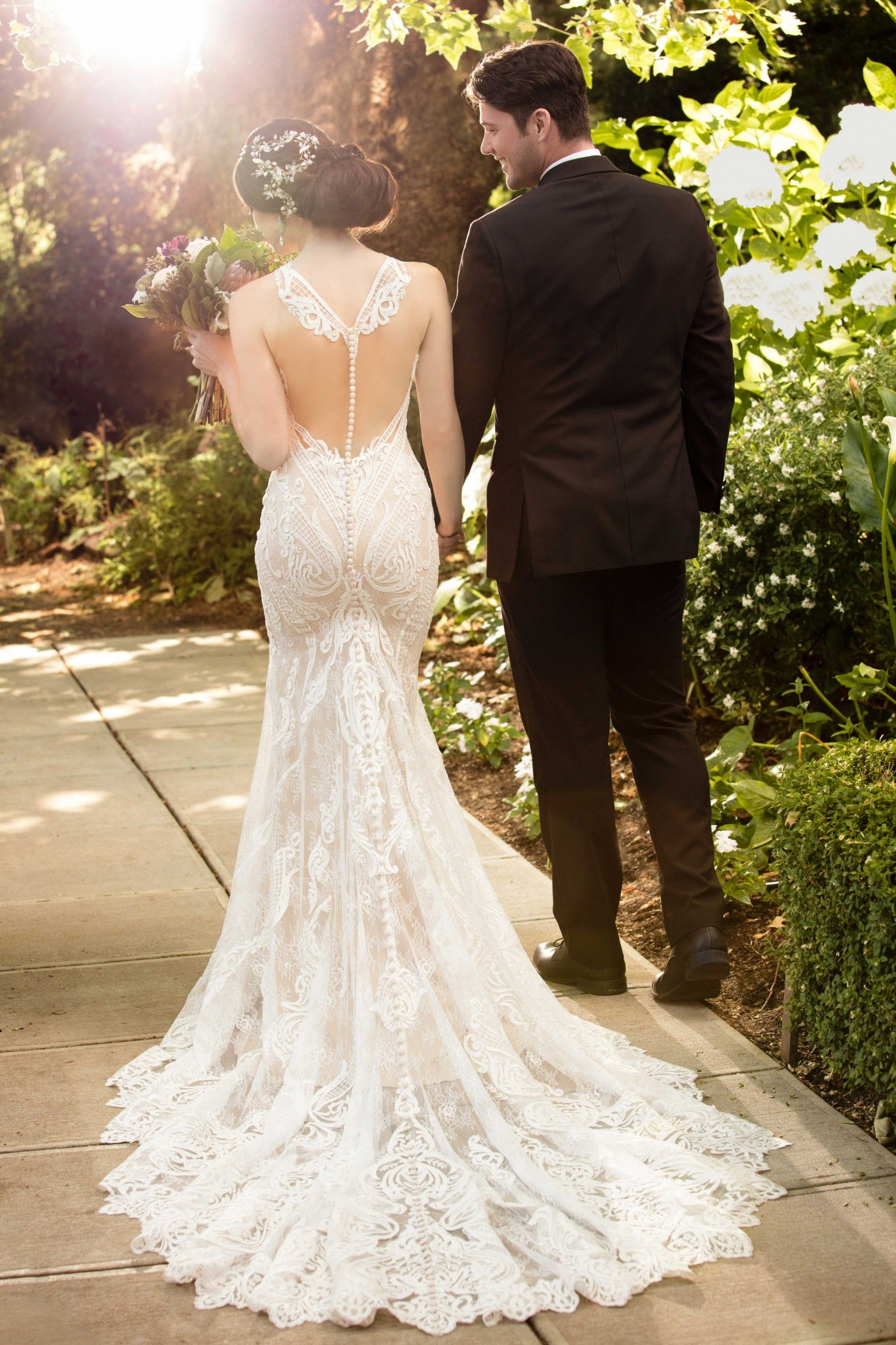 Find Your Dream Wedding Dress | Midway Media