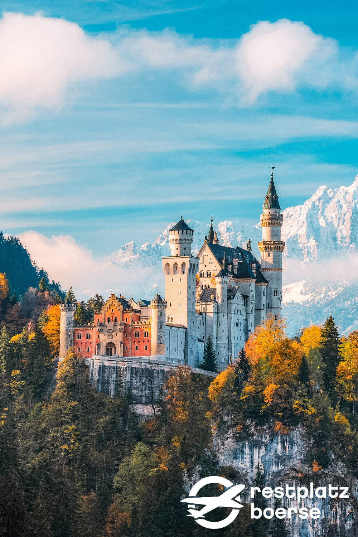 Das Schonste Schloss In Deutschland Restplatzborse In 2020 Urlaub Allgau Urlaub Urlaub In Deutschland