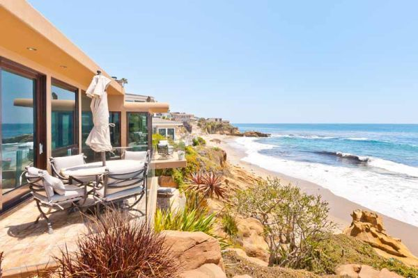 The Beautiful Laguna Beach Oceanfront Villa In California