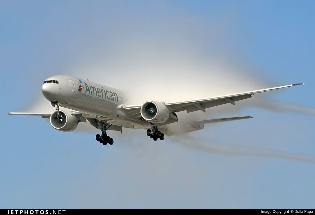 Photo of N727AN Boeing 777-323ER by Delta Papa