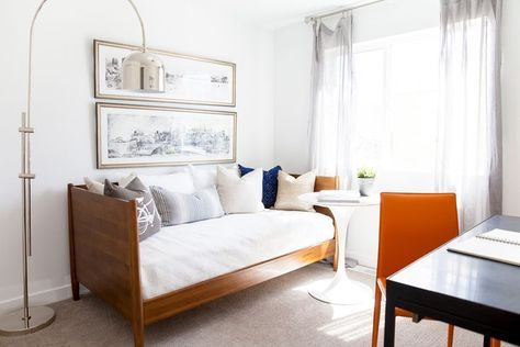 20+ Bedroom Office Combo Ideas and Inspiration for Narrow Space and Small House images