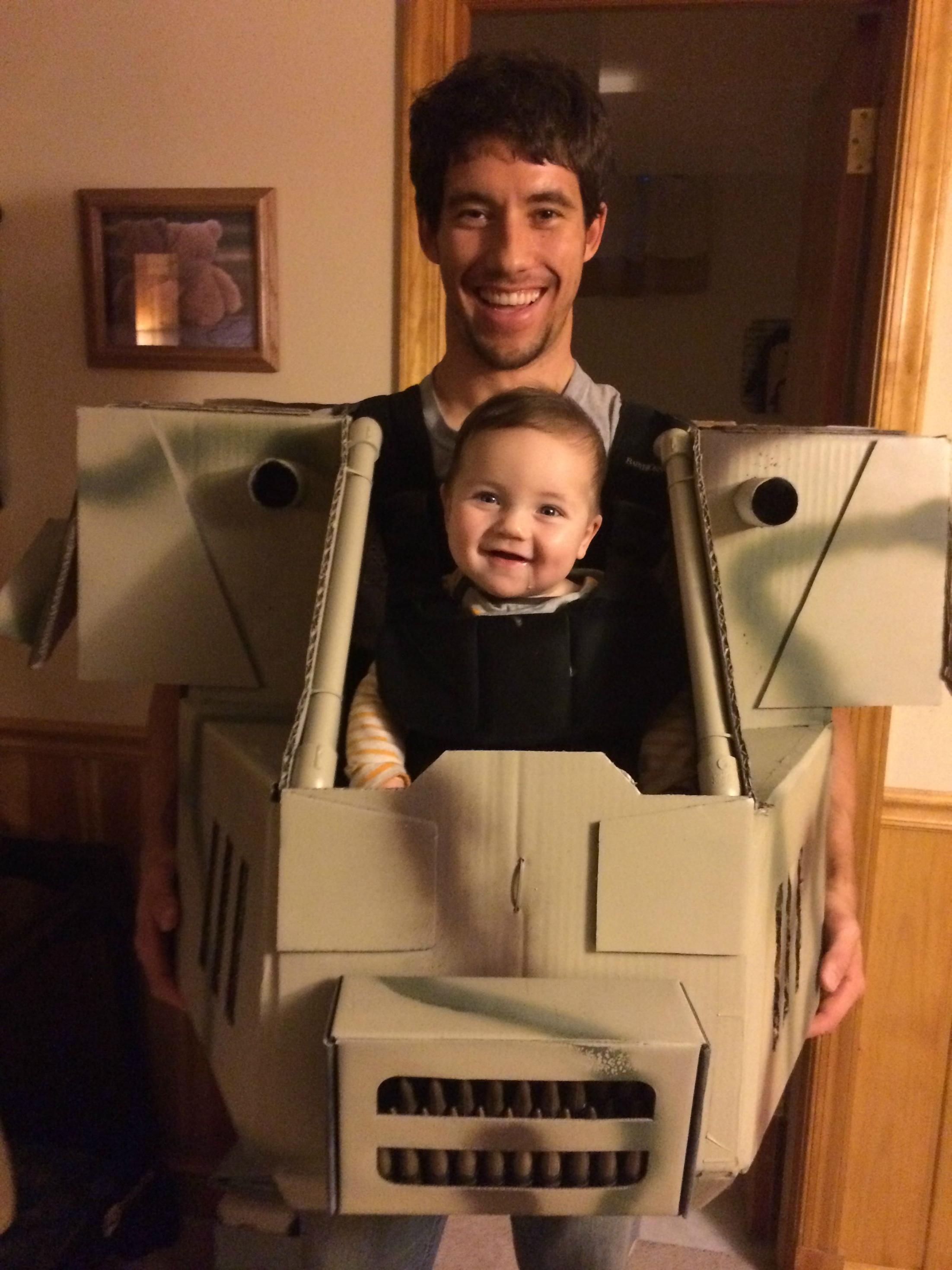 This Father Makes The Most Epic Halloween Costume For His Son And Now I Want One  sc 1 st  Pinterest & This Father Makes The Most Epic Halloween Costume For His Son And ...