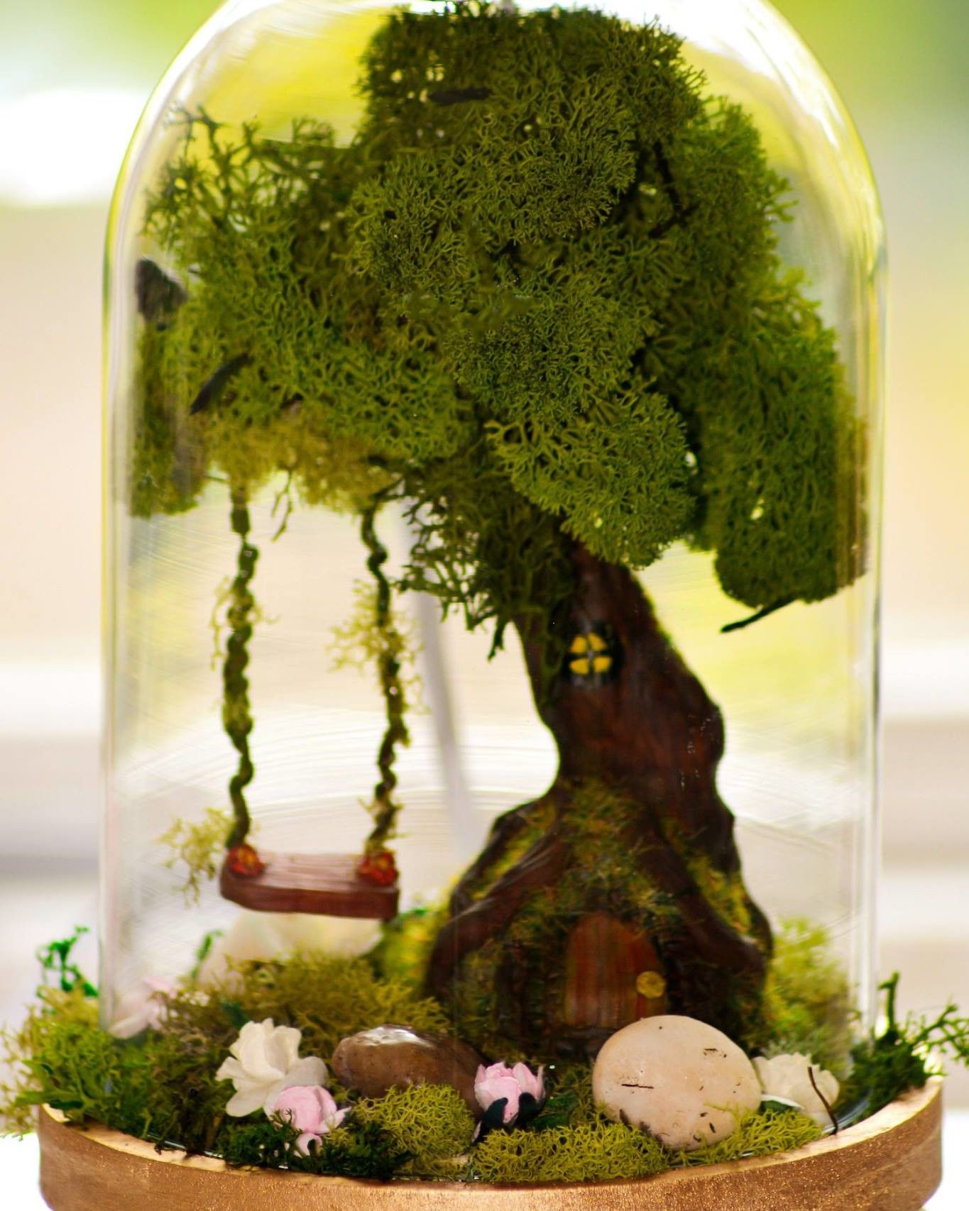 Dollhouse Miniature Fairy Stump Planter with Grey Girl Closeout