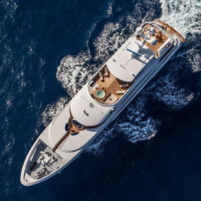 Luxury Private Yacht Lady Linda Design You Trust Blog And Community