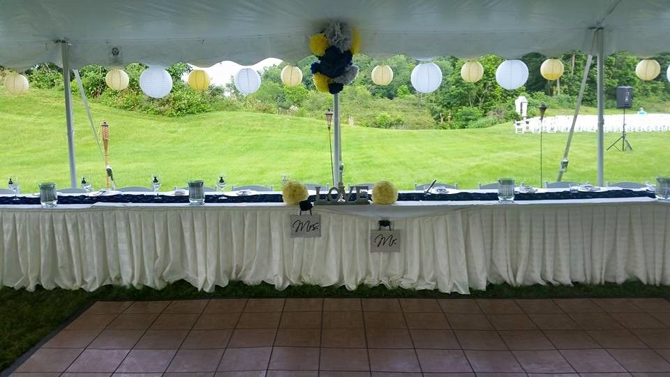 Head Table at Outdoor Wedding