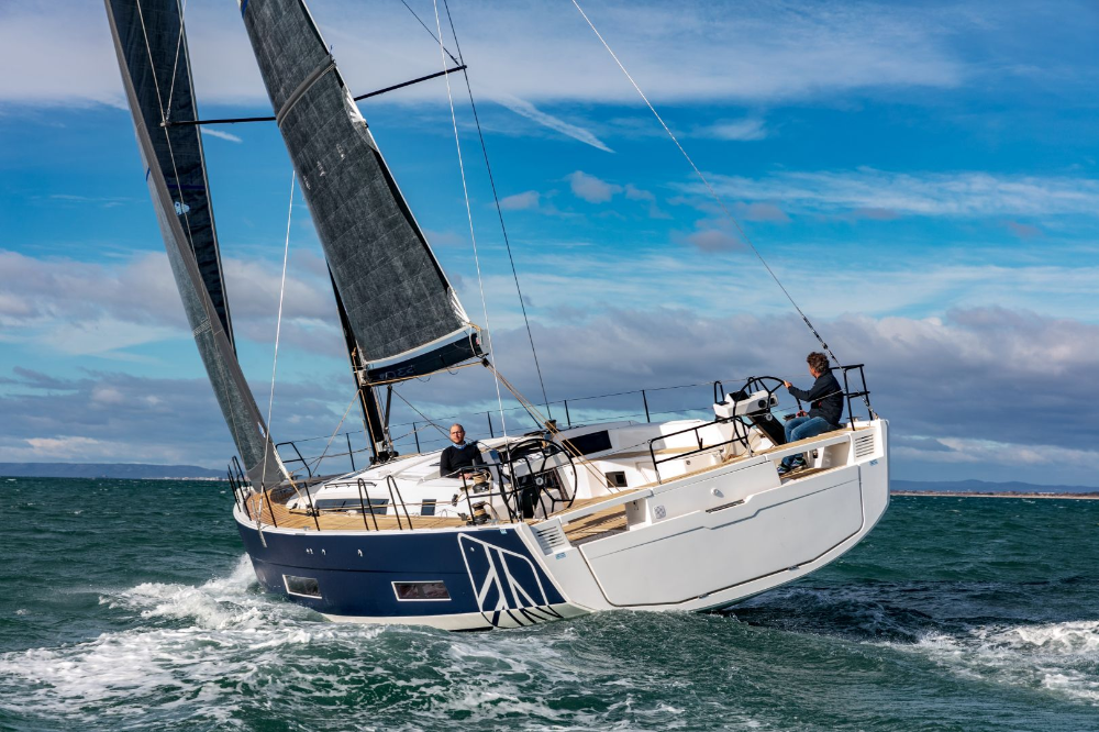 Professional Yacht Maintenance and Where to Find It