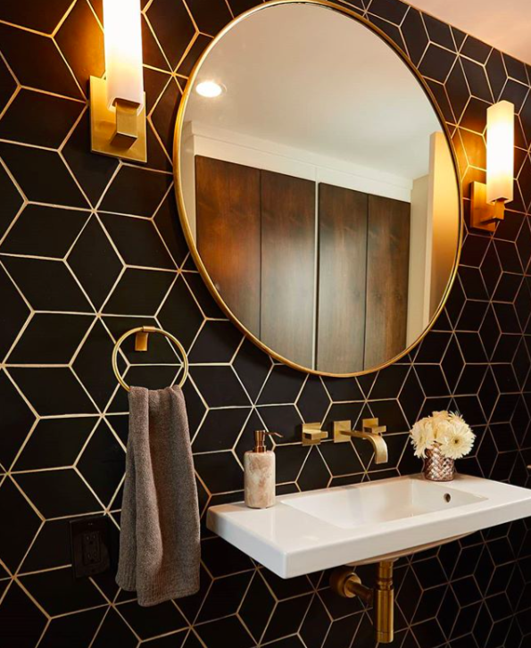 We Re Loving This Modern And Moody Bathroom In Our Large Diamonds 366 Satin Black Here Geometric Tiles Bathroom Bathroom Interior Design Bathroom Design