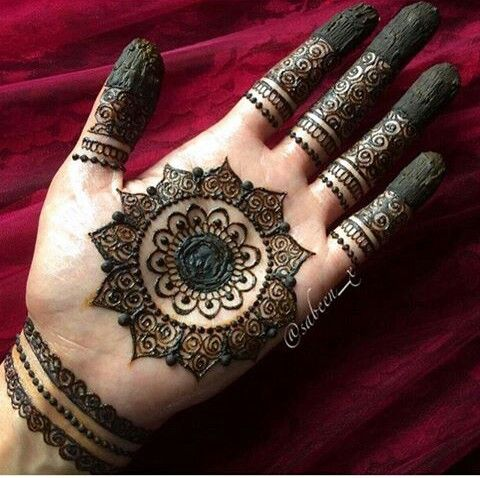 delicate mehndi henna tattoos to try pinterest mehndi hennas and mehendi. Black Bedroom Furniture Sets. Home Design Ideas