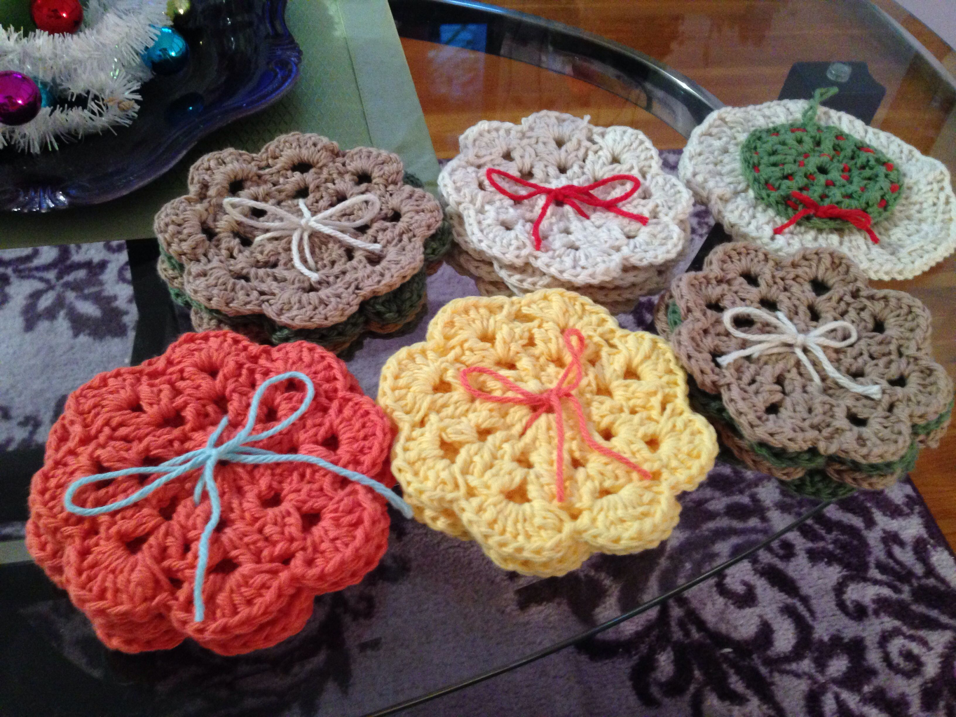 Coasters (various colors).