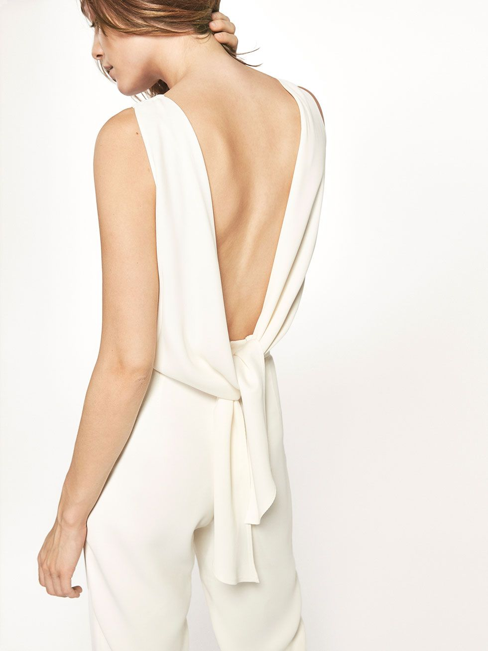 WHITE JUMPSUIT WITH BOW DETAIL | Overall weiß, Overall, Overall damen
