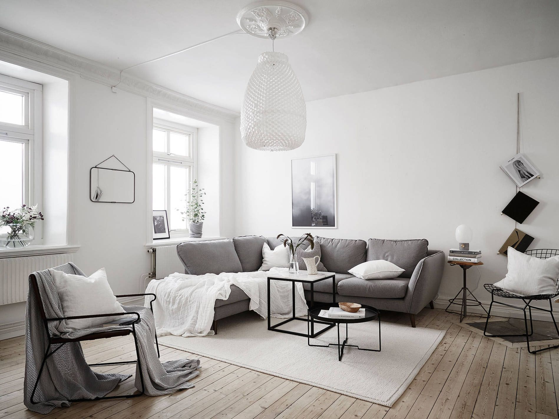 Nice Scandinavian Living Room With Large Pendant Lamp   Top 10 Tips For Adding  Scandinavian Style To
