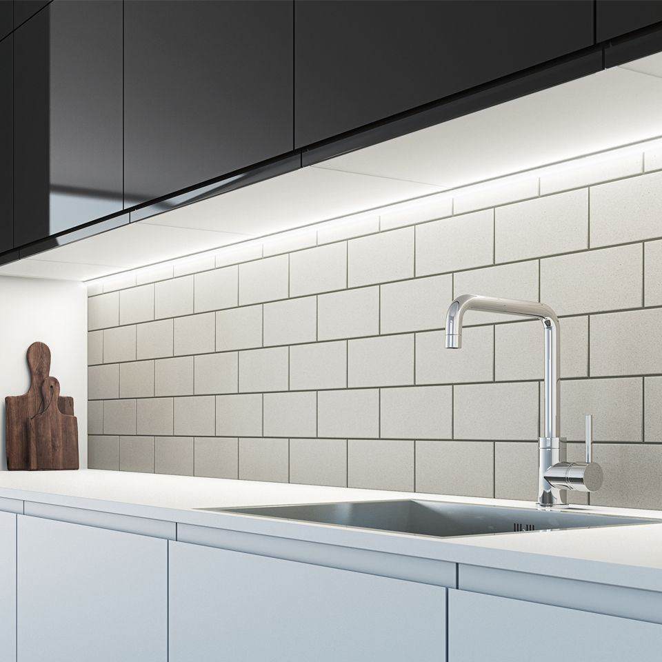 The Sensio Arrow Se9075hd Slim Profile Sls Led Strip Light Contains A Unique Configuration Of Diff Led Cabinet Lighting Light Kitchen Cabinets Cabinet Lighting